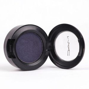 MAC Cosmetics Eyeshadow Pot CONTRAST